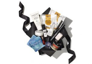 Net-à-porter lance son Travel Beauty Kit