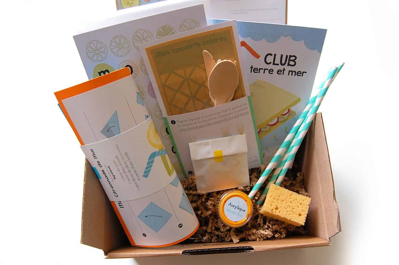 petite bo te en carton mai 2015 la box du mois avis et tests de box mensuelles. Black Bedroom Furniture Sets. Home Design Ideas